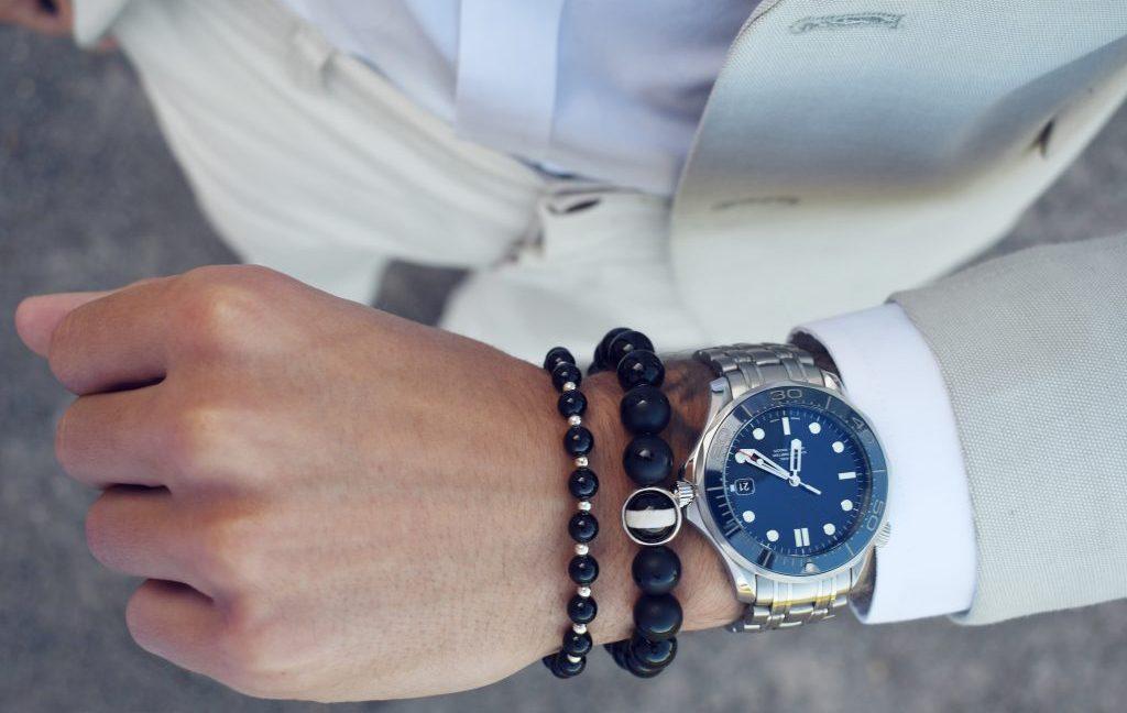 Onyx and Silver Beaded Bracelet for Men, Onyx bracelet, onyx beaded bracelet, onyx jewellery, black beaded bracelet for men, onyx and silver bracelet, beaded bracelet uk, onyx bracelet uk