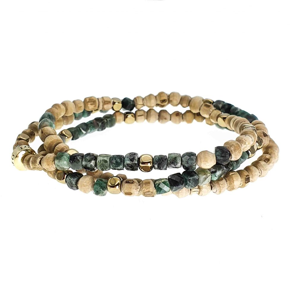 Emerald and Tulsi Wood Bracelet, emerald bracelet, emerald beaded bracelet, tulsi wood bracelet, healing bracelet, spiritual bracelet, luxury bracelet, gift for her, gift for him